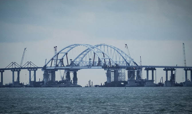 Швейцария ввела санкции против компаний, строивших Керченский мост