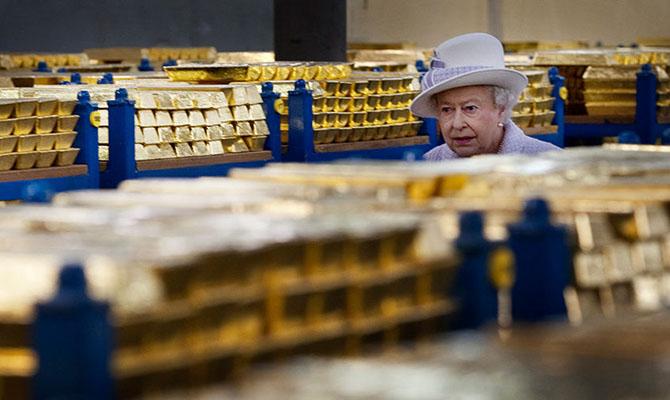 Спрос на золото в мире упал до минимума с 2009 года