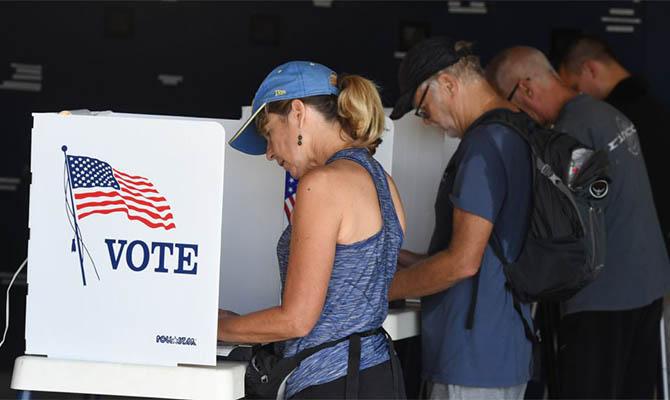 В Техасе число досрочно проголосовавших на выборах превысило общую явку 2016 года