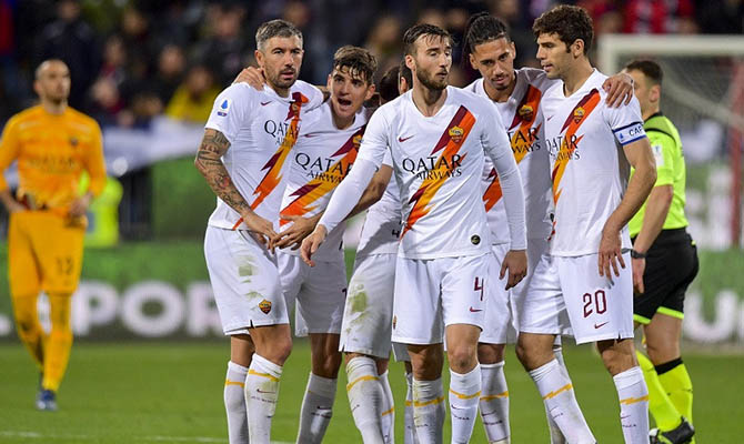 Коронавирус отбил желание у футбольных клубов покупать новых игроков