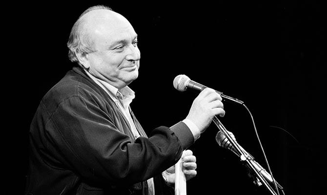 Зеленский выразил соболезнования в связи со смертью Жванецкого