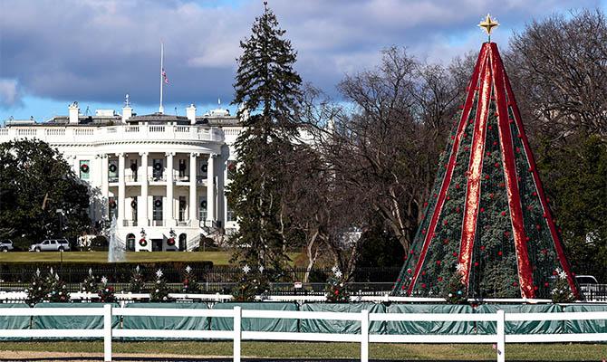Трамп отпразднует День благодарения в Белом доме