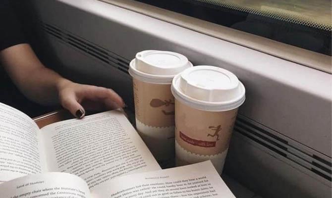 В украинских поездах снова будут продавать чай и кофе