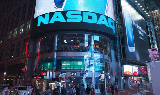 Nasdaq хочет обязать компании включать в совет директоров женщин и меньшинства
