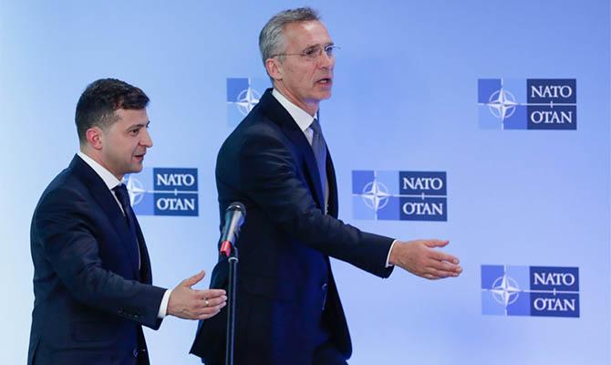 НАТО продолжит сотрудничество с Украиной, несмотря на позицию Венгрии
