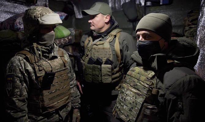 Зеленский пообщался с украинскими военными на передовой в Донецкой области
