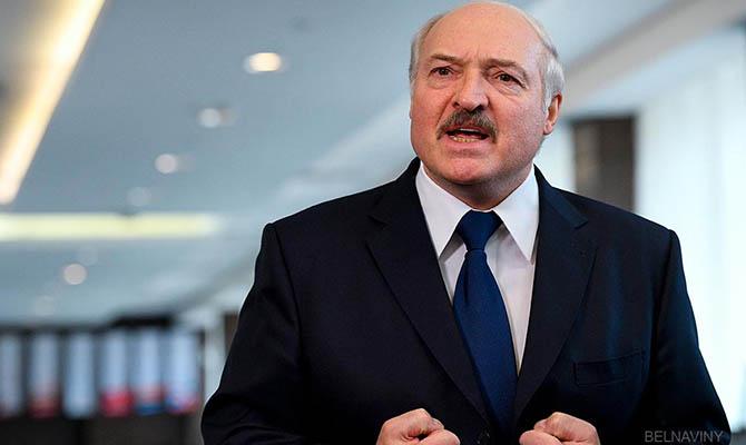 Лукашенко заявил о ввозе террористами «тонн оружия» из Украины