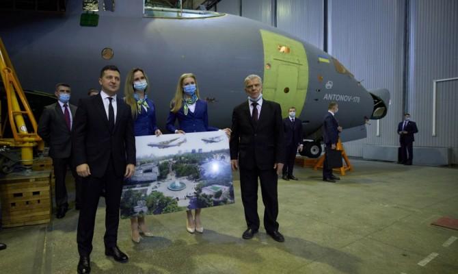 Украина заказала для армии у «Антонова» три самолета Ан-178