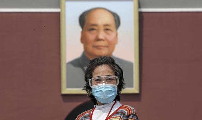 Жители Китая получат вакцину от COVID бесплатно