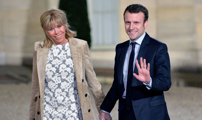 Супруга президента Франции переболела коронавирусом