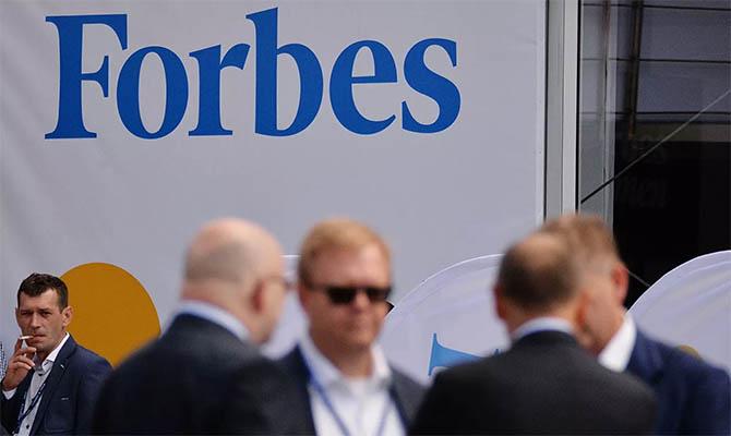 Илон Маск потерял первое место в рейтинге Forbes