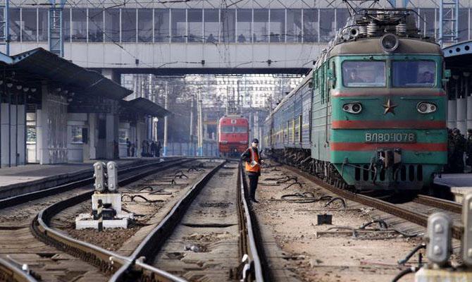 Перевозки контейнеров по территории Украины выросли за год почти на 11%