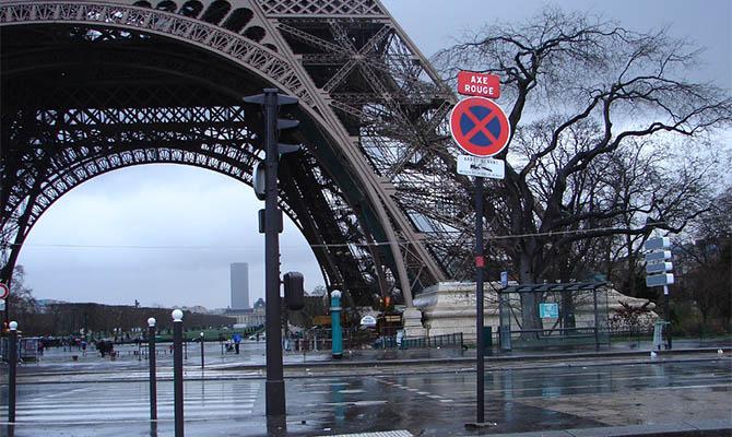 Во Франции готовятся объявить уже третий по счету карантин