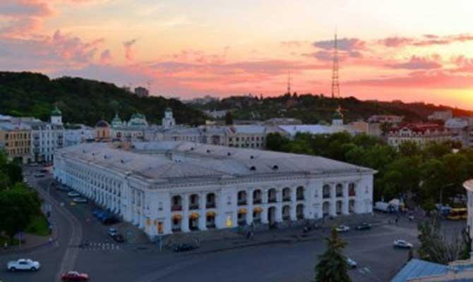 Ткаченко предложил передать Гостиный двор на баланс Минкультуры