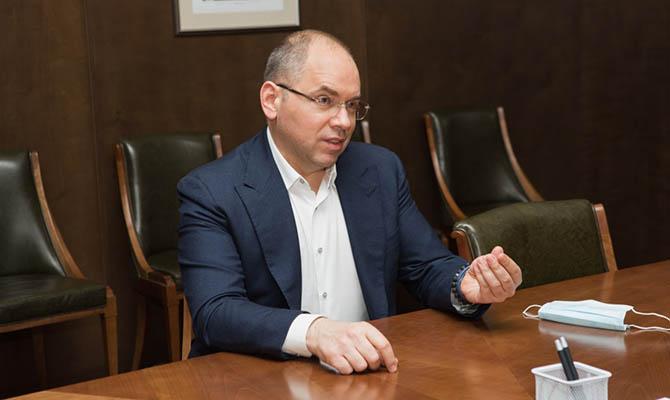 С декабря заболеваемость коронавирусом в Украине упала втрое