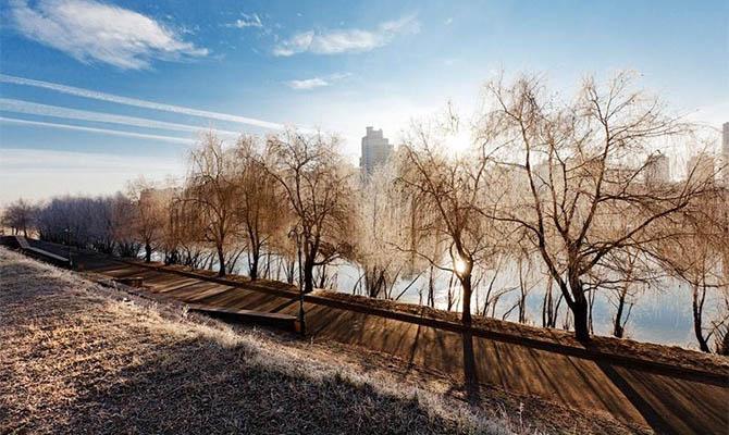 На смену двадцатиградусным морозам в Украину идет резкое потепление