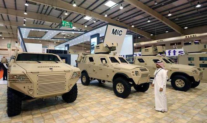 Украина представила новую военную технику и вооружение на выставке IDEX в ОАЭ