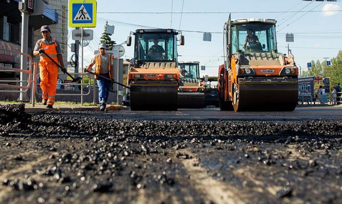 Зеленский анонсировал масштабное дорожное строительство в этом году