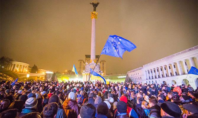 Треть украинцев считают, что предпосылкой Майдана послужило улучшение экономической ситуации