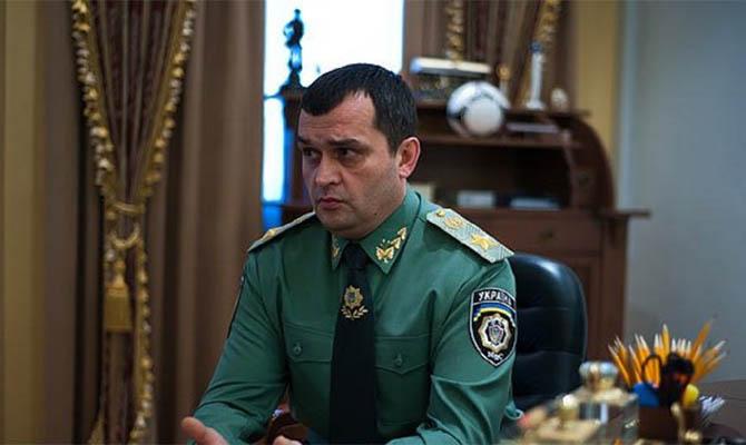 Суд арестовал имущество бывшего главы МВД Захарченко