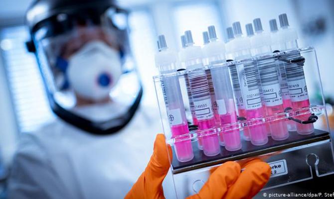 Швейцария планирует обеспечить все население бесплатными COVID-тестами