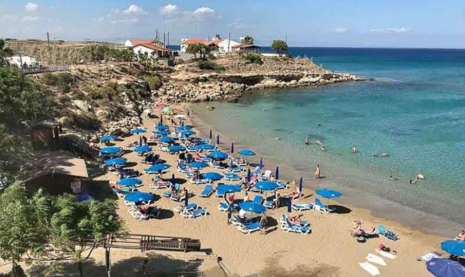 Кипр после 18 марта останется закрытым для украинских туристов