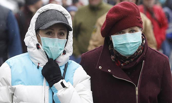 Случаи повторного заболевания COVID-19 выявлены у 1362 украинцев