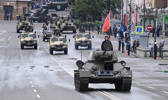 Менее половины американцев считают военную мощь России серьезной угрозой
