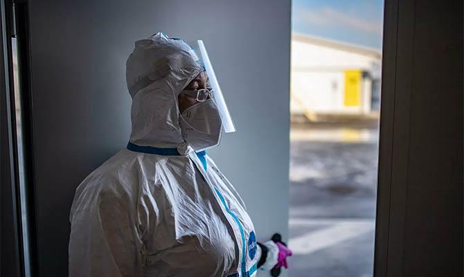 В Украине зафиксирован новый рекорд смертей от COVID
