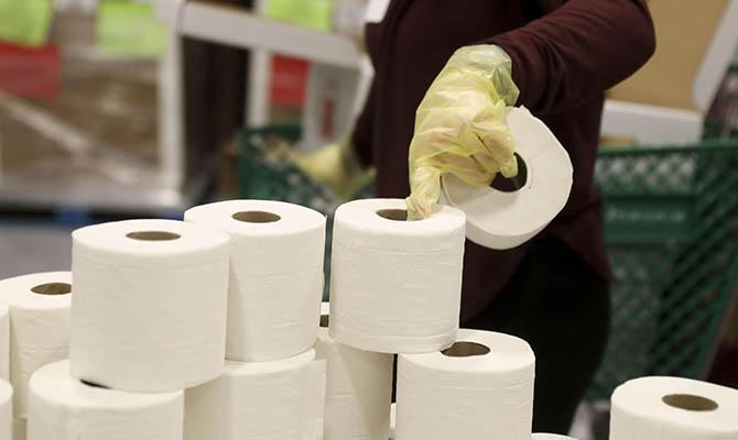 Bloomberg предупредил об угрозе мирового дефицита туалетной бумаги