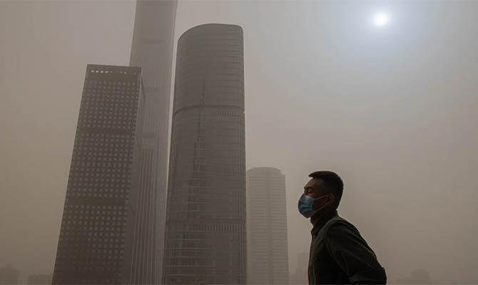 Облако песка Китая накрыло Южную Корею и Японию