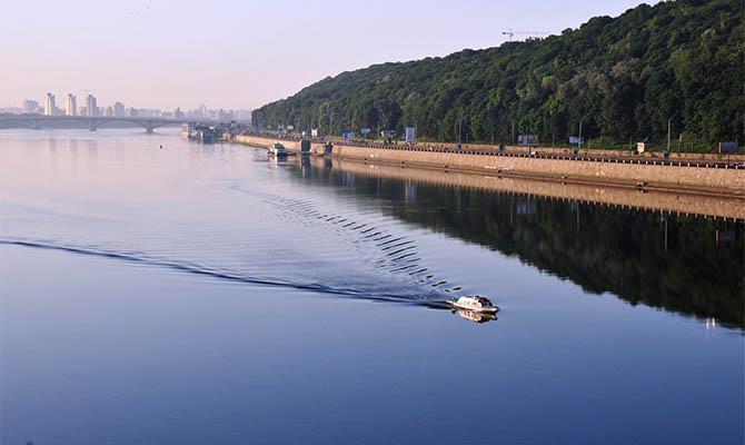 Мининфраструктуры хочет запустить туристические маршруты Киев-Канев и Киев-Чернобыль по Днепру