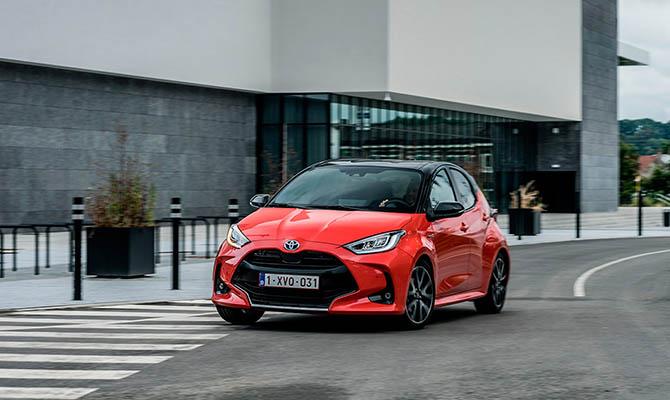 Объявлены три претендента на звание «Всемирный автомобиль года»