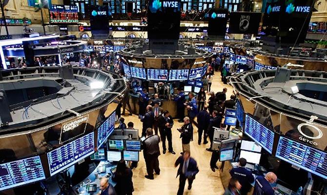 Стоимость акций на биржах мира превысила ВВП планеты