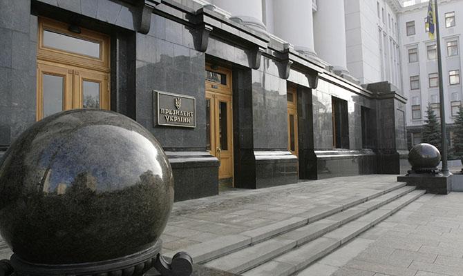 Офис президента отреагировал на пробки и проблемы с транспортом в Киеве