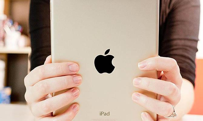 Apple придется отложить выход новых iPad и MacBook из-за нехватки комплектующих