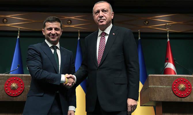 Зеленский обсуждает с Эрдоганом Донбасс и Крымскую платформу