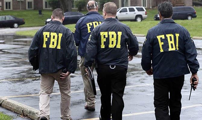 ФБР каждые десять часов открывает новое расследование против Китая