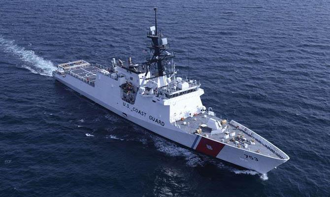 Катер Береговой охраны США вошел в Черное море