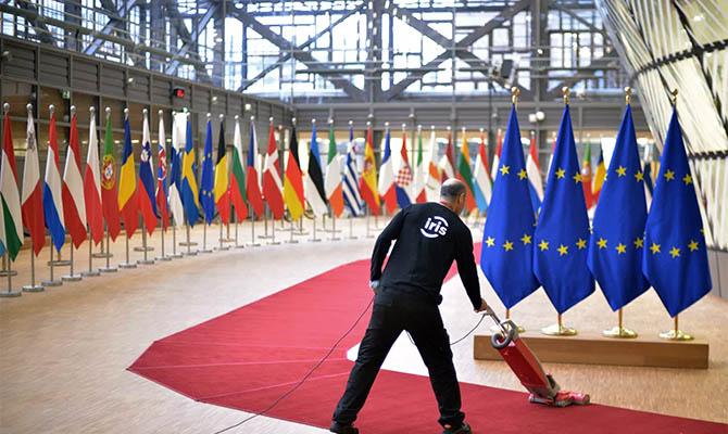 Главы МИД стран Евросоюза обсудят вопрос России