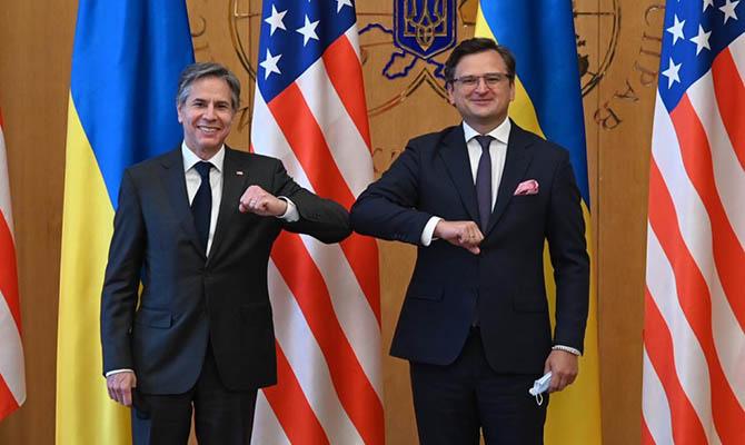 Кулеба и Блинкен обсудили присоединение США к переговорам по Донбассу