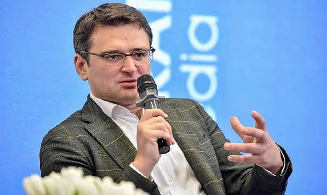 Администрация Байдена не напоминала Зеленскому про скандал с Трампом, - Кулеба