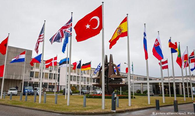 Саммит НАТО пройдет без участия Украины, но с обсуждением вопроса получения Киевом ПДЧ в НАТО, - Жовква