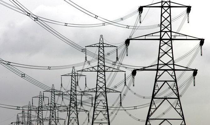 Украина снизила экспорт и импорт электроэнергии
