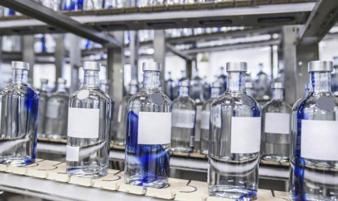 В Украине за май продали три спиртзавода