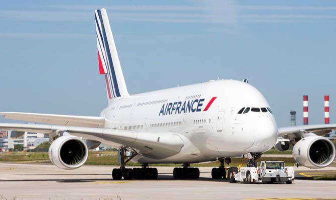 Россия согласовала рейсы Air France в обход Беларуси