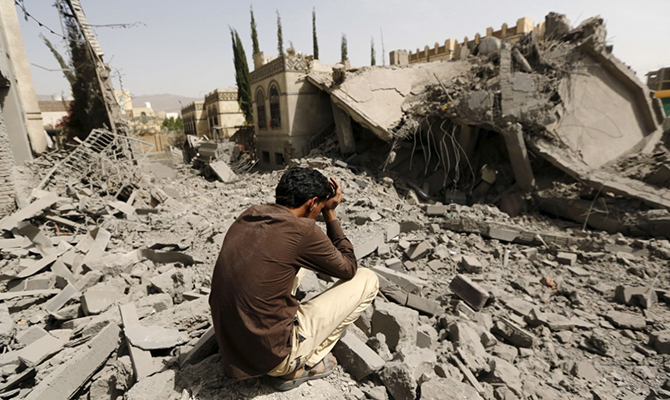 В Йемене 16 человек погибли в результате падения запущенной повстанцами ракеты