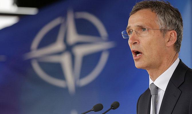 Столтенберг подтвердил, что двери НАТО открыты для Украины и Грузии