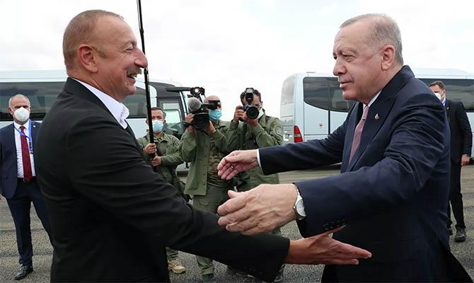 В Азербайджане может появиться турецкая военная база