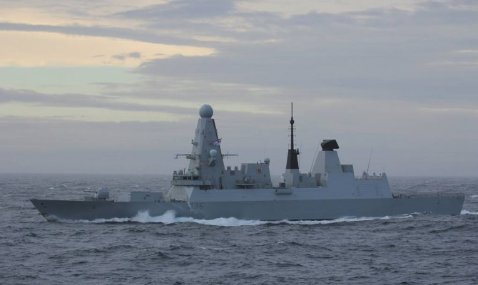МИД РФ заявит демарш послу Великобритании из-за инцидента с эсминцем
